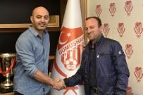 SAKARYASPOR - Metin İlhan Açıklaması 'Yarım Bıraktığım İşi Tamamlamaya Geldim'