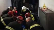 METRO İSTASYONU - Roma'da Yürüyen Merdiven Çöktü Açıklaması 20 Yaralı
