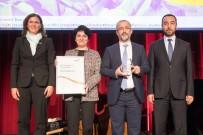 BAŞARI ÖDÜLÜ - SAÜ'ye Küresel Mükemmellik Ödülü