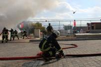 İBRAHİM CİVELEK - Van Depreminin 7'Nci Yıldönümünde Tatbikat