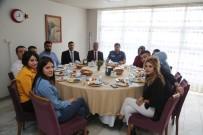Arıcan Cizre MYO Öğrencileri İle Yemekte Bir Araya Geldi