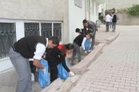 Çöpleri Bu Kez Öğrenciler Topladı