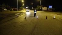 HASAR TESPİT - Edirne'de Beton Mikseri Kamera Direğine Çarptı