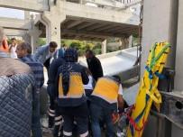 İnşaatta Beton Bloklar Devrildi Açıklaması 2 İşçi Yaralandı