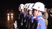 SEYFETTIN AZIZOĞLU - Şehit Askerin Cenazesi Baba Ocağına Uğurlandı