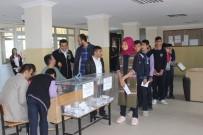 ÖĞRENCİ MECLİSİ - Siverek'te Öğrenciler Meclis Başkanlığı İçin Seçime Gitti