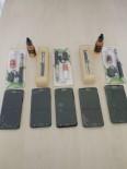 ŞEREFIYE - Van'da Kaçak Cep Telefonu Ve Elektronik Sigara Ele Geçirildi