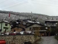 Balıkesir'in Doğusunda Kar, Batısında Güneşli Hava Keyfi