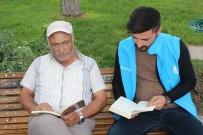 Erzincan'da Gençler Parkta Vatandaşlarla Kitap Okudu