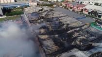 HADıMKÖY - Esenyurt'taki Fabrika Yangını Kontrol Altına Alındı, Yangından Geri Bu Görüntüler Kaldı