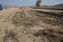 Karaman'da Tren Raylarını Çalan 2 Zanlı Tutuklandı