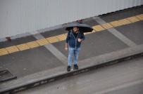 Kars'ta Soğuk Ve Yağmurlu Hava Etkili Oluyor