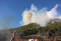 MAVIKENT - Kumluca'da Eş Zamanlı Çıkan Orman Yangınları Korkuttu