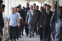 BAŞSAVCıLıK - Malezya'nın Eski Başbakanı Rezak Güveni Kötüye Kullanmaktan Suçlu Bulundu