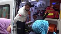 Siirt'te Otomobilin Çarptığı 3 Kişi Yaralandı