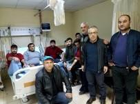 İLAÇ TEDAVİSİ - 30 İşçi Hastanelik Oldu