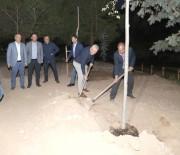 PAMUKKALE - AK Parti Heyeti Ziyaretin Ardından Ağaç Dikti