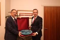 Belediye Başkanı Seçen, Özhaseki'yi Ziyaret Etti