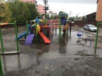 SAĞANAK YAĞIŞ - Bitlis'te Sağanak Yağış Etkili Oldu