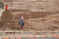 GÖKKAYA - Kahramanmaraş'ta Şiddetli Rüzgar