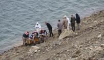 Keban Baraj Gölünden 'Ceset' Çıktı