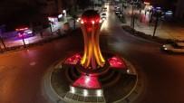 TÜRK BİRLİĞİ - Kızılelma Anıtı Salihli'ye Çok Yakıştı