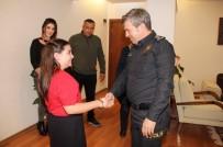 ÖZEL HAREKET - Şehit Özel Harekat Polisinin Kızına Sürpriz
