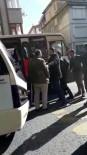 MİNİBÜS ŞOFÖRÜ - Trafikte minibüsçü dehşeti