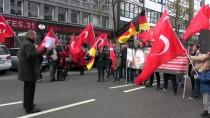 TREN İSTASYONU - Almanya'da Türk Çocukların Hakları İçin Gösteri