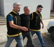 Deneme Kabininden Hırsızlık Yapan Zanlı Tutuklandı