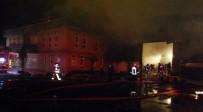 HADıMKÖY - Hadımköy'de Korkutan Fabrika Yangını