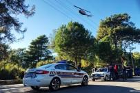 ENDER ARSLAN - Helikopteri Gören Sürücüler Şaşkınlıklarını Gizleyemedi