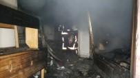 657 - Mahalle Halkı Yangına Uyandı