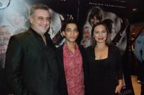 UMUTLU - Şanlıurfa'da Müslüm Filmi Oyuncularına Yoğun İlgi
