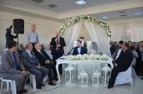 Fransız Ve Türk Başkan Nikah Kıydı