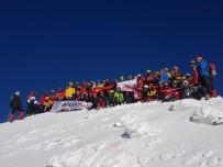 TÜRKIYE DAĞCıLıK FEDERASYONU - 100 Dağcıdan 29 Ekim Tırmanışı