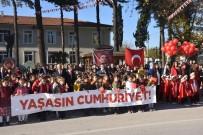 Dursunbey'de Cumhuriyet Coşkusu