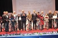 Elazığ'da Dede Korkut Hikaye Yarışmasında Dereceye Girenler Ödüllerini Aldı