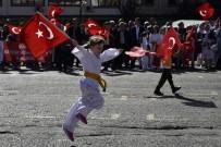 BİLEK GÜREŞİ - Gümüşhane'de Cumhuriyet Bayramına Coşkulu Kutlama