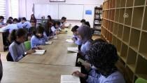 TÜRKÇE ÖĞRETMENI - 'Kitap Okuma' Teneffüsünü Sabırsızlıkla Bekliyorlar