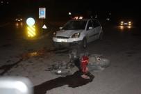SARıLAR - Motosikletle Otomobil Çarpıştı Açıklaması 1 Ağır Yaralı