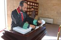 ANıTKABIR - Ankara Barosu Başkan Adayı Özdemir'den Anıtkabir'e Ziyaret