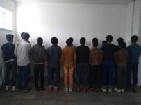 Elazığ'da Kaçak 43 Göçmen Yakalandı