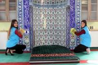Erzincan Gençlik Merkezi Gençlerinden Cami Temizliği