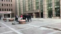 SAVCILIK SORGUSU - GÜNCELLEME - Bakırköy'de Bir Kişinin Aracını Yayaların Üzerine Sürmesi
