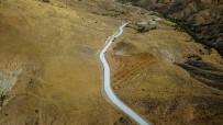 UĞUR POLAT - Hekimhan'da 16 Kilometrelik Grup Yolu Asfaltlandı