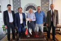MUSTAFA ÖZDEMIR - Kayseri Gemerekliler Dernek Yönetimi Başkan Memduh Büyükkılıç'ı Ziyaret Etti