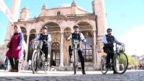 ZABITA EKİBİ - Konya'da Bisikletli Zabıtalar Göreve Başladı