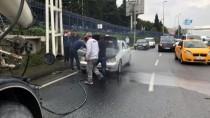 TRAFİK YOĞUNLUĞU - Motorundan Dumanlar Yükselen Araca, Beton Mikseri Müdahale Etti