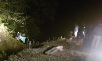 Otomobil Şarampole Yuvarlandı Açıklaması 2 Ölü, 4 Yaralı